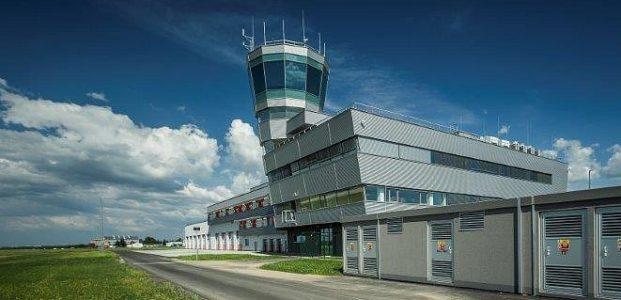 Řídící věž letového provozu   Mošnov   2016